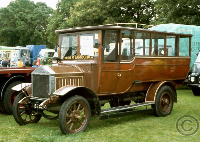 Albion C20, Registration number ES5150, Pride of Tannochbrae